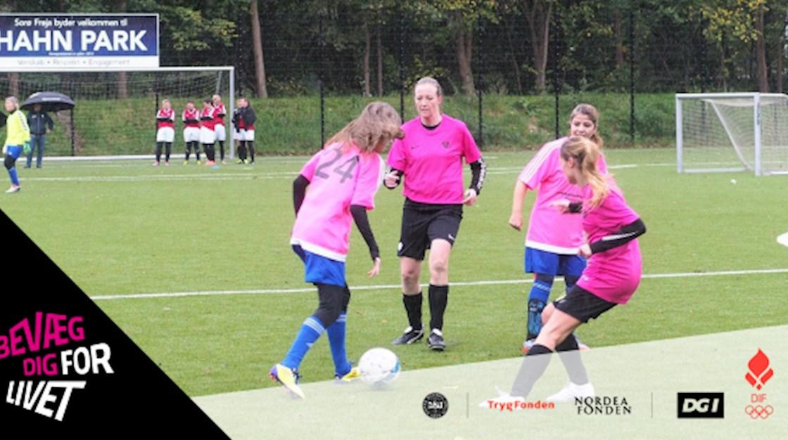 Fodbolddanmark tog Lyserød Lørdag til sig   Bevæg dig for livet